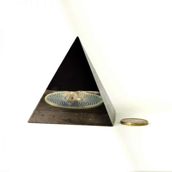 orgonite pyramide torus