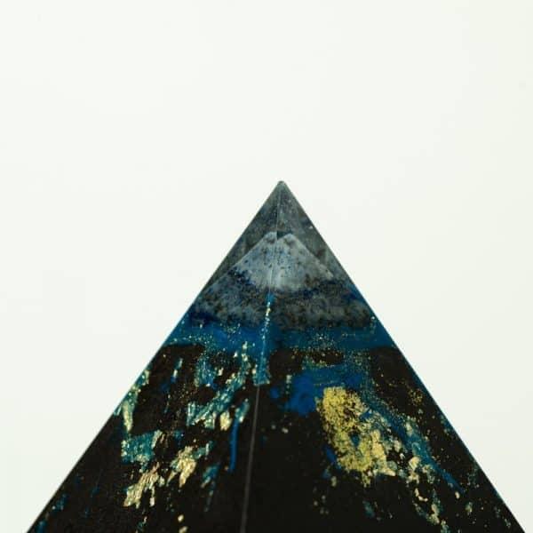 orgonite pyramide double lapis lazuli