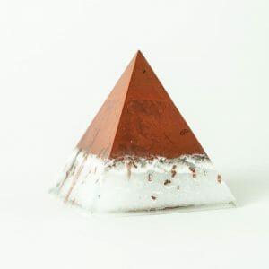 orgonite pyramide de guérison